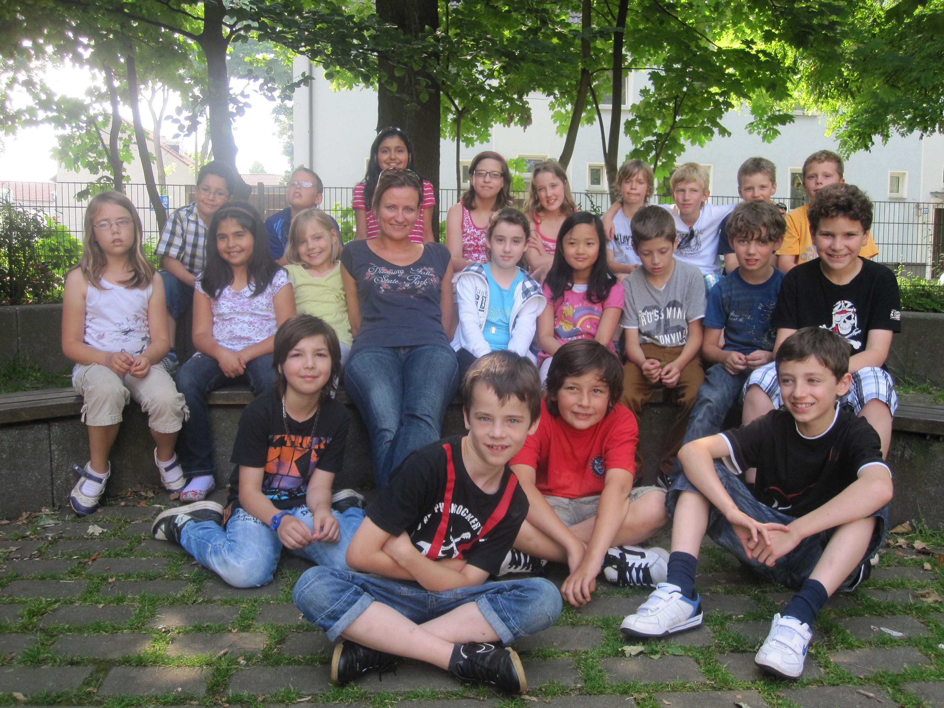 www.bonifatiusschule-marl.de/userimages/papageienklasse/4a.jpg